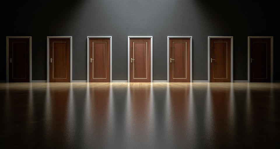 doors-1587329_960_720